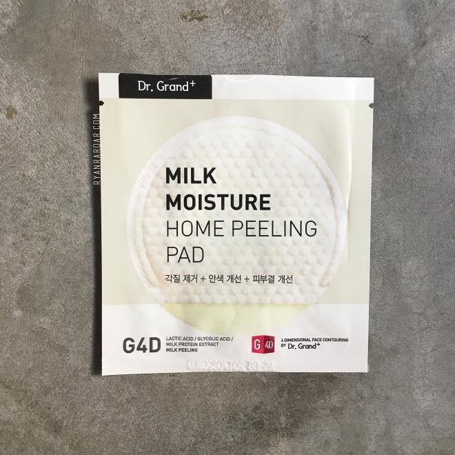 Dr. Grand+ Milk Moisture Peeling Pad 01.jpg