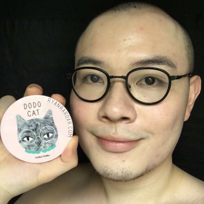 Holika Holika Face2Change Dodo Cat Glow Cushion 15.jpg