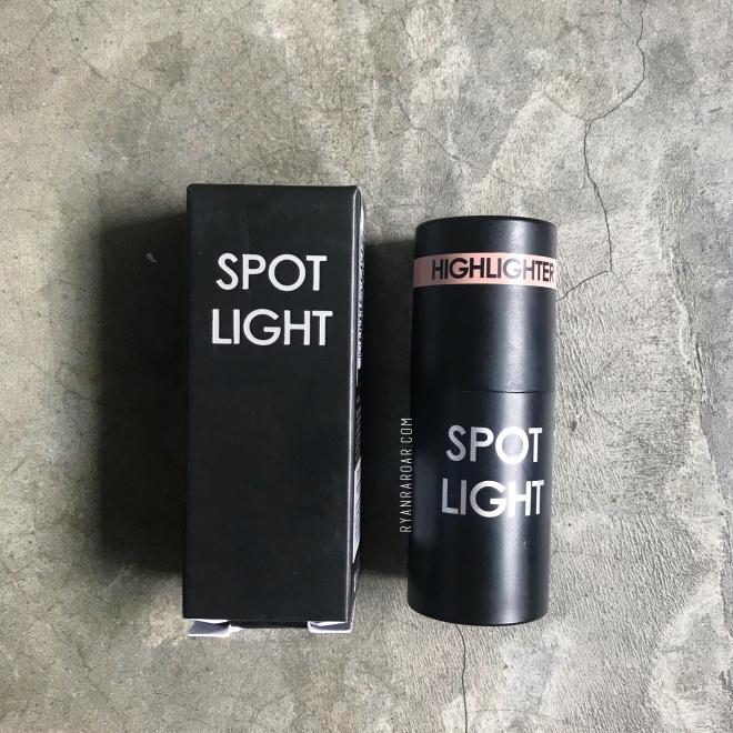 Spot Light 04